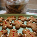 Natale fai da te: gli omini di pan pepato